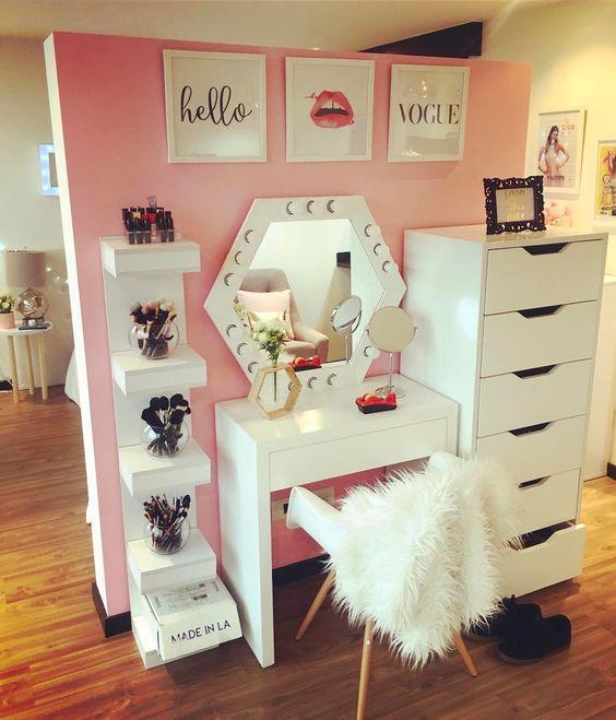 Makeup Mirror Lights Vanity Table