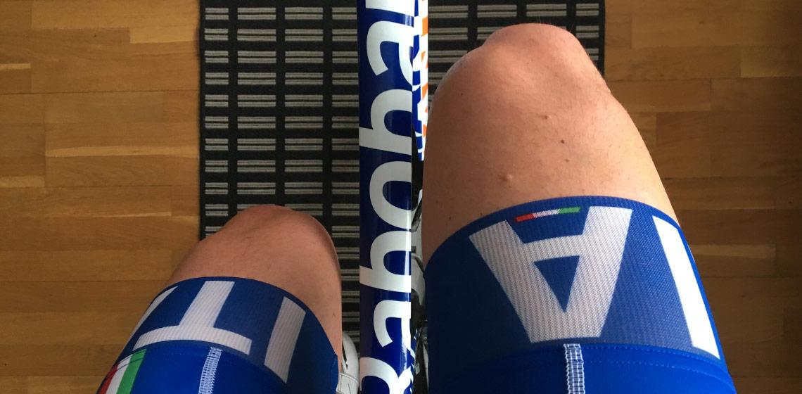 Bild på ben som cyklar