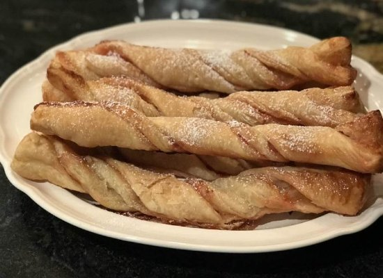 Disneyland's Strawberry Twists