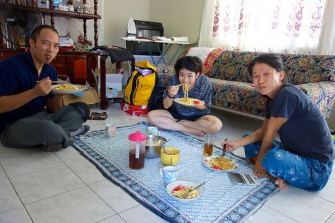 Lunch with a JAICA Volunteer and her friend from Japan