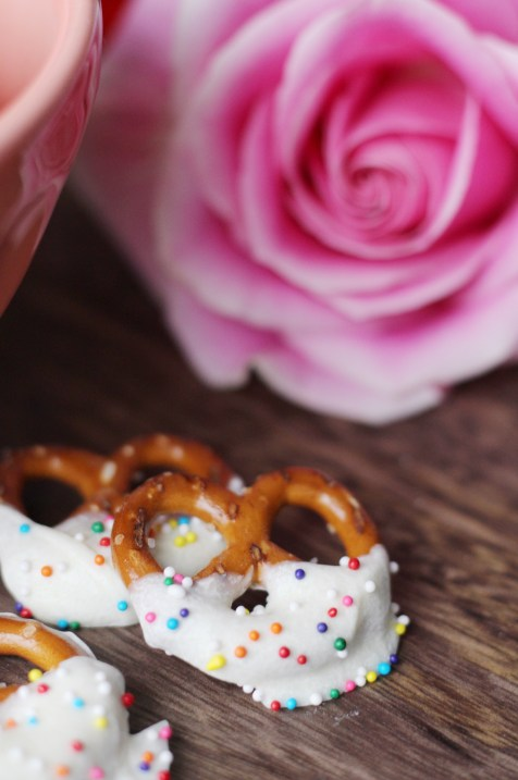 White Chocolate Covered Pretzels from Simply J and K