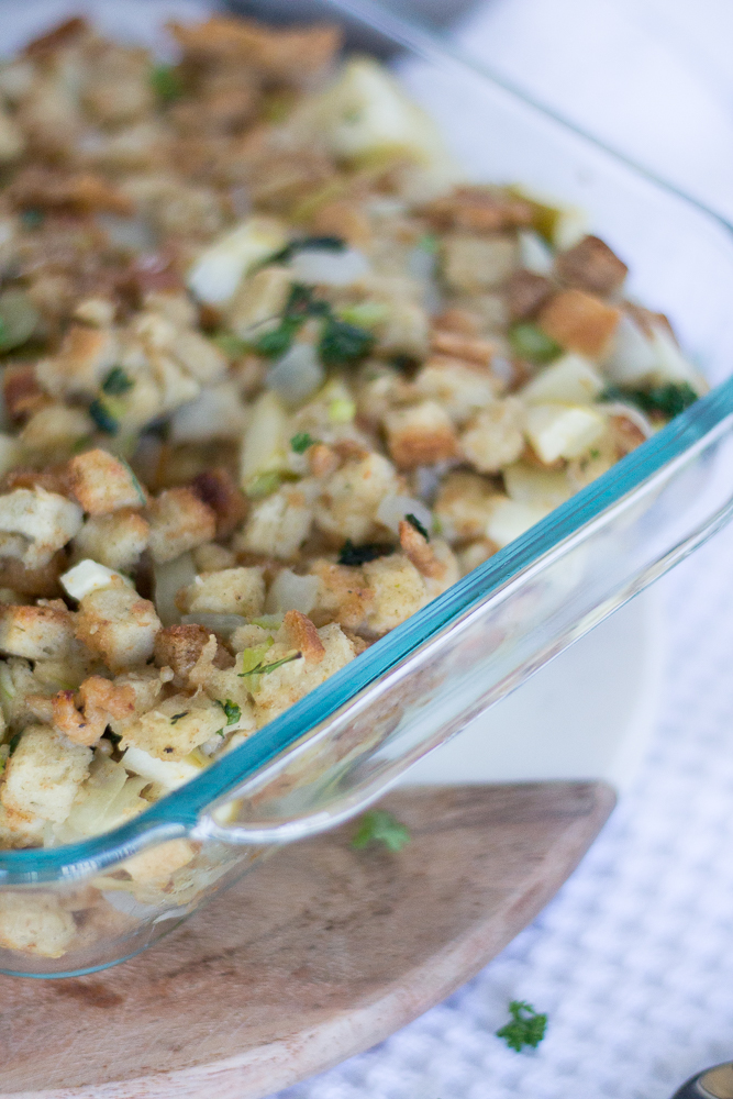 Delicious Thanksgiving Sausage & Apple Stuffing