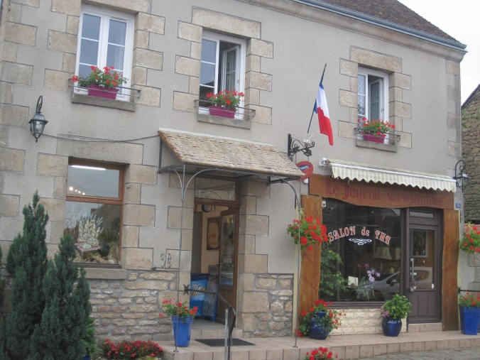Boulangerie with the French flag