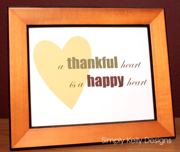 a thankful heart is a happy heart #thanksgiving #printable