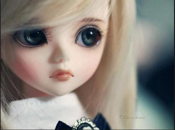 glamorous barbie doll image with big eyes