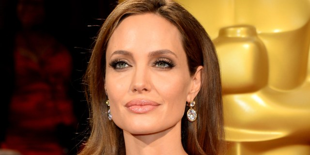 Angelina jolie beautiful eyes