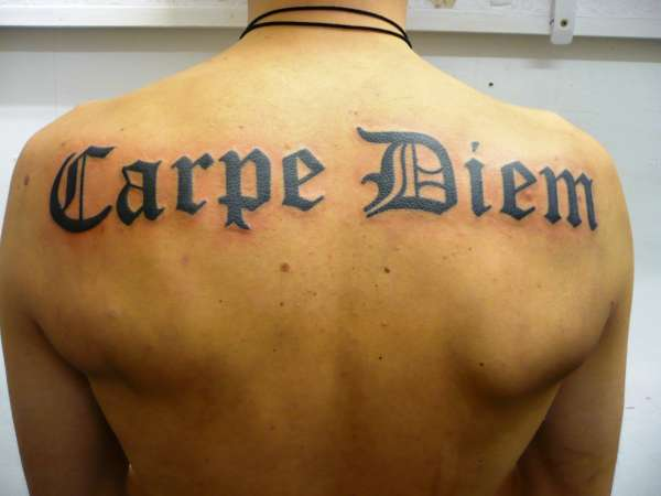 italian carpe diem tattoo on back