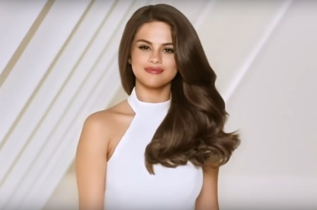 actress Selena Gomez