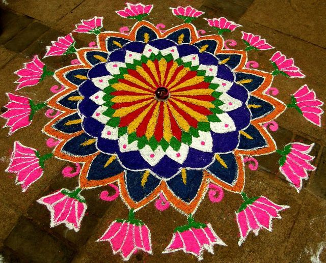 circular rangoli design for diwali