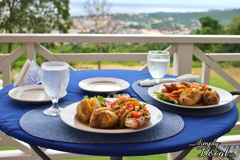 Oceans on the Ridge: Ocho Rios Restaurant with a View