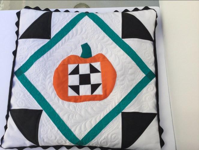 quilted_pumpkin3.jpg