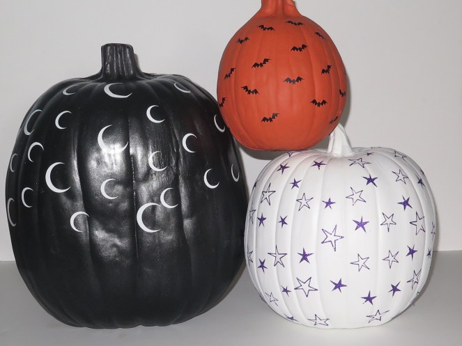 Make this simple decorator inspired pumpkins with your cutting machine!