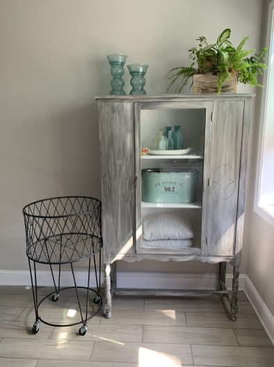 upcycled_cabinet_16