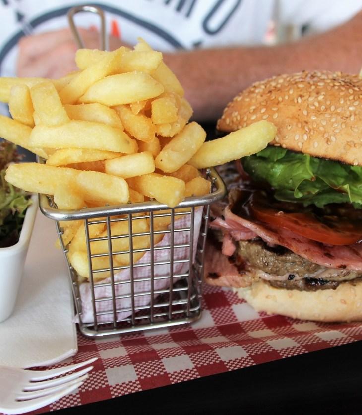 Burger Hut Wanneroo