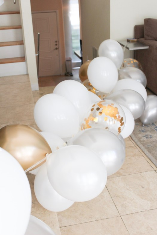 DIY Balloon Arch