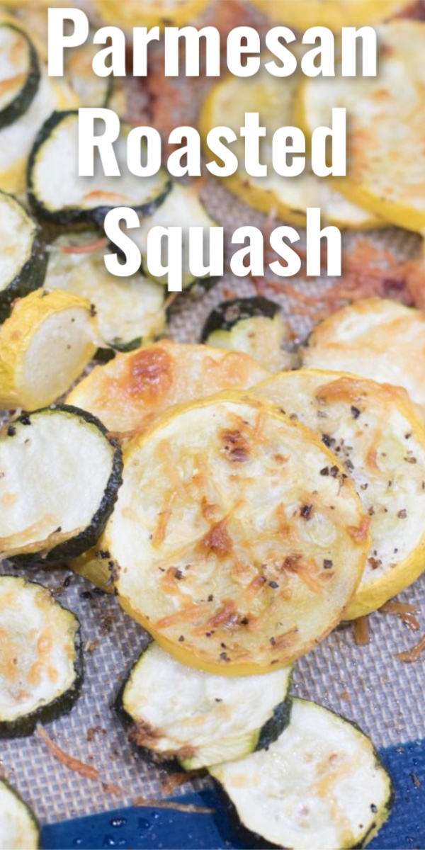 Easy parmesan roasted squash - only a few ingredients! This is an amazing vegetable side dish. via @simplysidedishes89