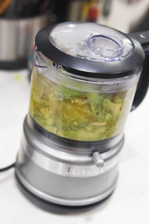guacamole salsa in food processor