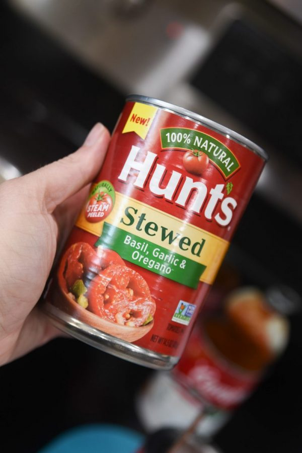 can of stewed tomatoes