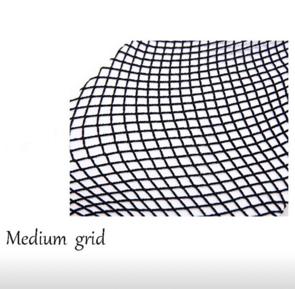 Medium grid fishnet tights