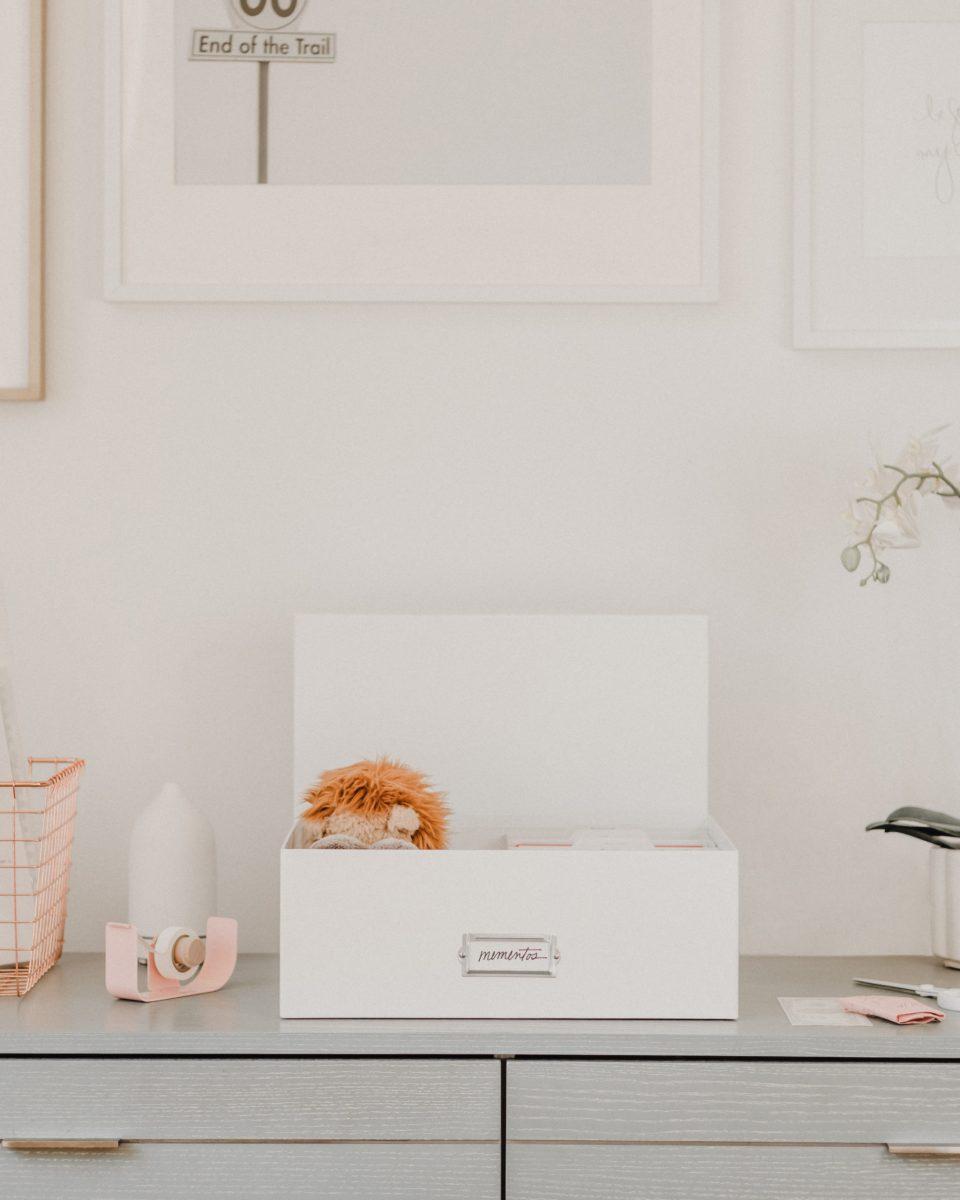 Memento storage boxes in white