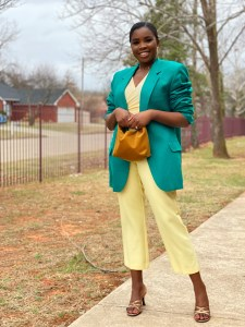 ways to wear pastel