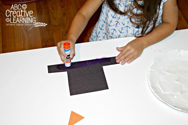 Torn Paper Plate Snowman Craft