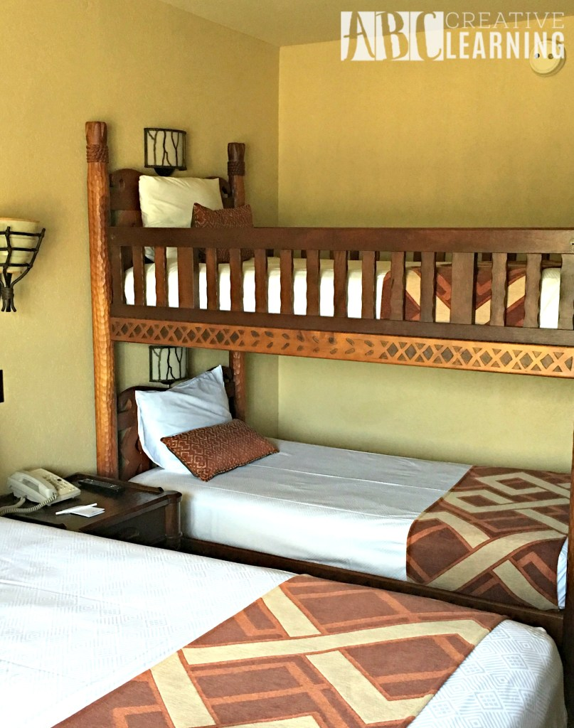Reasons To Stay At Disney's Animal Kingdom Lodge #ZootopiaEvent bunks