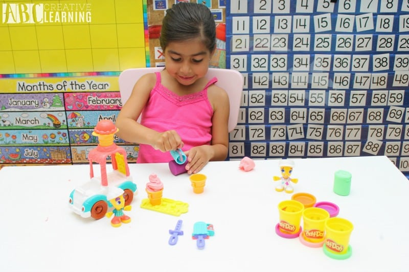 Lasting Imagination and Storytelling with Play-Doh Play