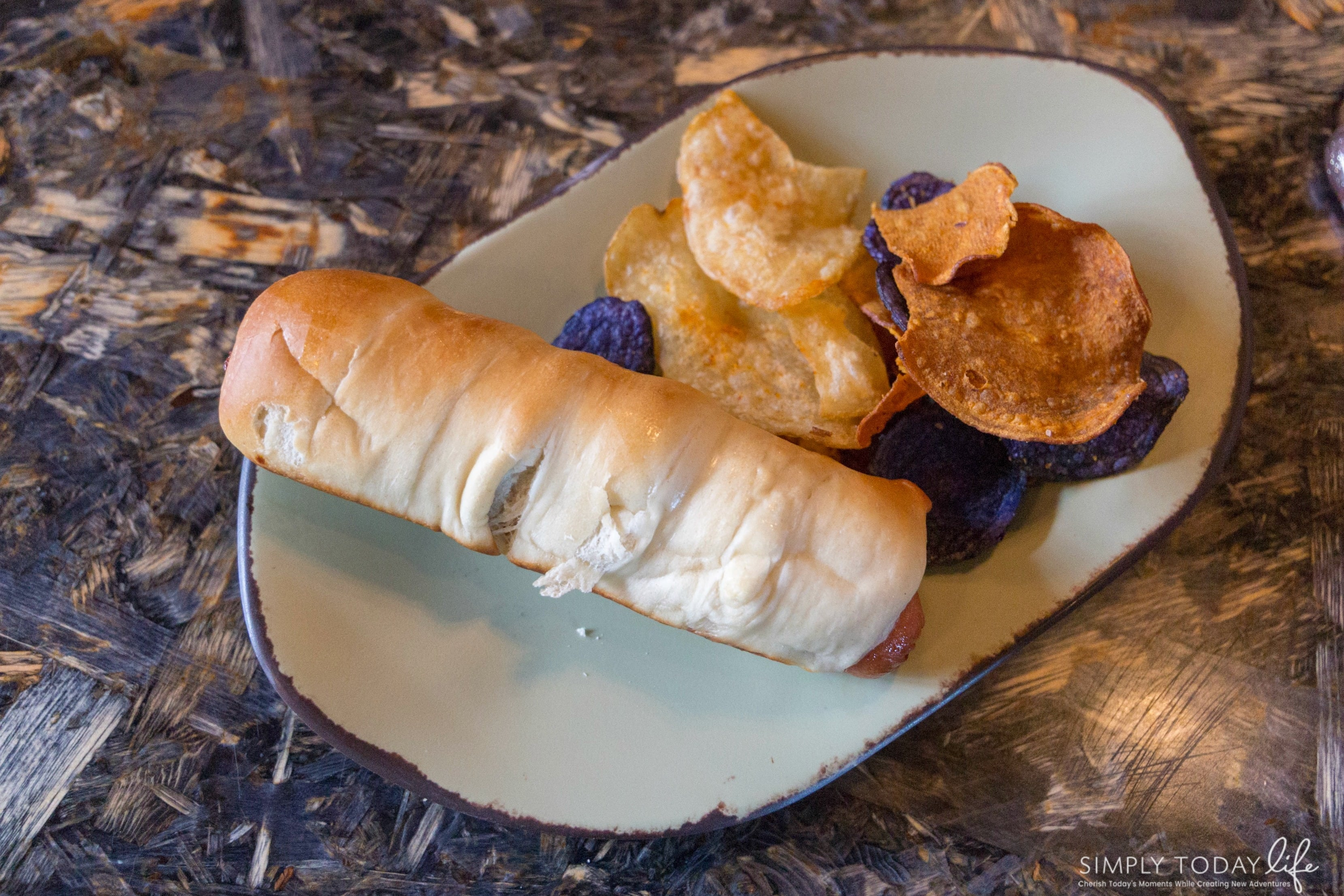 Satu'li Canteen Kids Meal Teylu All Beef Hot Dog - simplytodalife.com