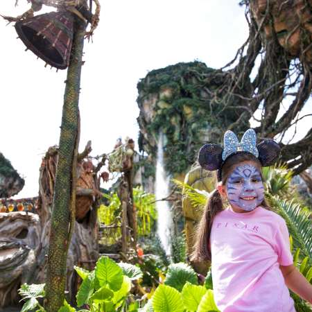Turning Into An Avatar At Disney's Pandora - simplytodaylife.com