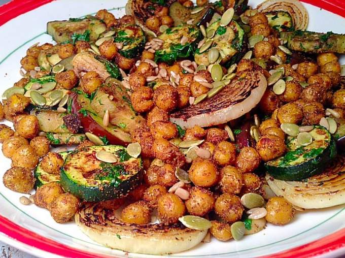 Crispy curry chickpea with grilled vegetables