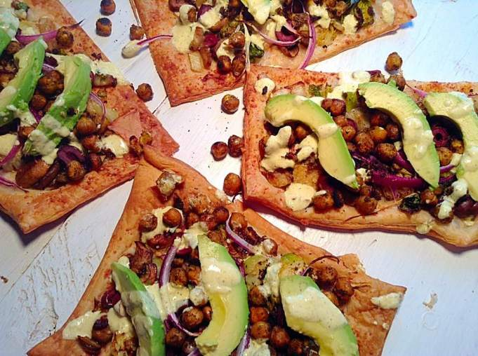 Crispy curried chickpea and avocado pizza