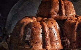 Chai Spiced Walnut Raisins Cake {Eggless} with Cinnamon Glaze