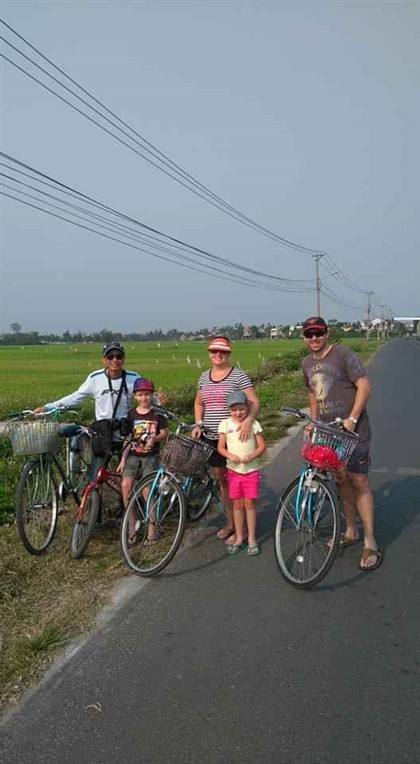 Countryside bicycle and painting tour (4)