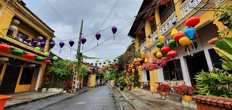 My Son early morning& Hoi An old town (8)