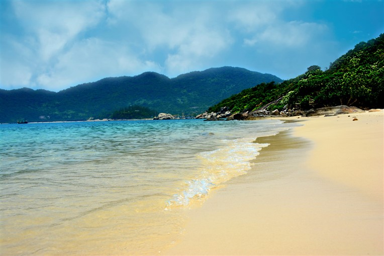 Cham islands and snorkeling tour