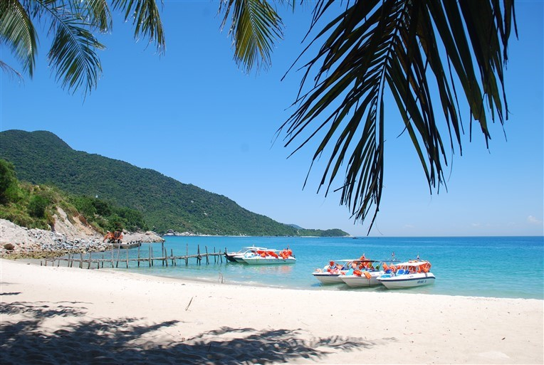 Discovery scuba diving in Cham island for beginners (5)