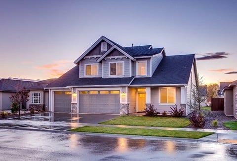 4 Ways To Improve Curb Appeal For A Quick House Sale