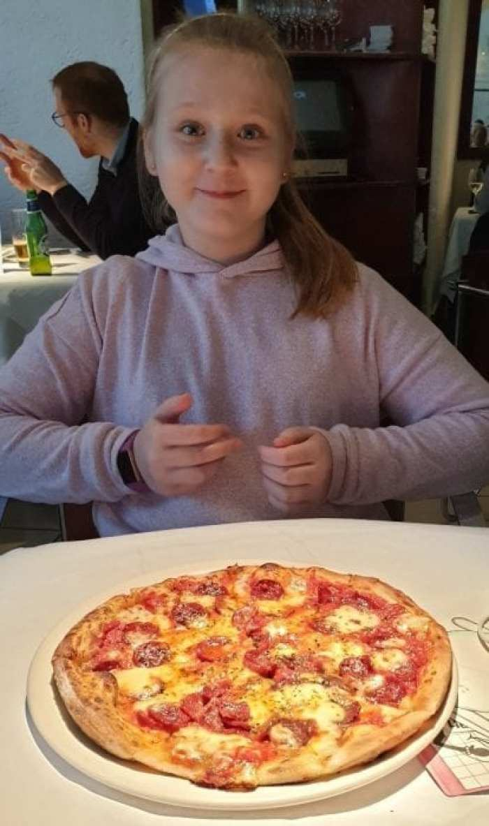 Americana Pizza from Croma