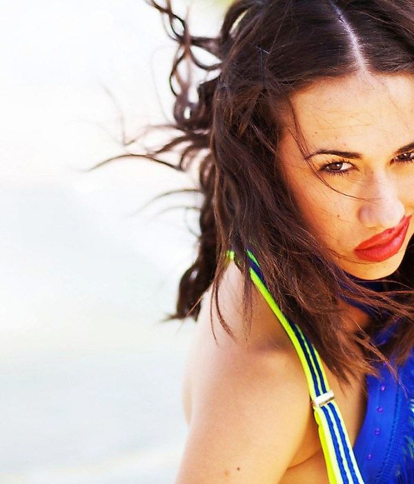 Colleen Ballinger Talks YouTube Character Miranda Sings