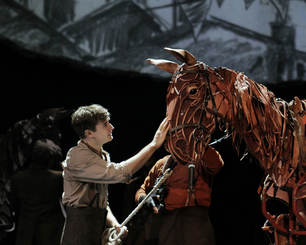 The Challenging Battle to Bring War Horse Puppets to Life