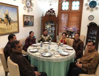 Pertemuan Megawati Soekarnoputri dengan Prabowo Subianto Mesti Berikan Efek Positif Bagi Rakyat Indonesia.