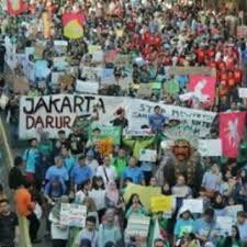 Atasi Krisis Lingkungan, Pidato Anak Usia 16 Tahun Asal Swedia Getarkan Jakarta Climate Strike Movement.