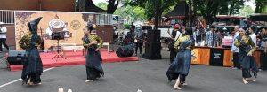 Kopi, Ulos, Musik, Tradisi dan Fashion Show di Festival Kopi Sidikalang, pada Sabtu 30 November 2019, Taman Mini Indonesia Indah (TMII), Jakarta Timur.