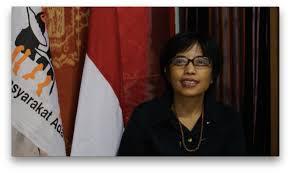 Sekretaris Jenderal Aliansi Masyarakat Adat Nusantara (Sekjen AMAN) Rukka Sambolinggi: Aliansi Masyarakat Adat Nusantara Tolak Omnibus Law, RUU Cipta Kerja Juga Petaka Bagi Masyarakat Adat.
