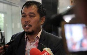 Kuasa Hukum tiga pensiunan wartawan Koran Pos Kota, Boyamin Saiman: Gugatan Terhadap PT Media Antarkota Jaya Dikabulkan, Tiga Pensiunan Wartawan Pos Kota Menang.