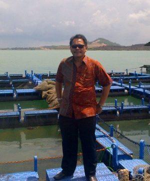 Hadapi Tekanan Berat Resesi Ekonomi, Nelayan Minta Kapal Tangkap Ukuran 300 GT Ke Atas Diijinkan Beroperasi. – Foto: Ketua Bidang Hubungan Antar Lembaga Dewan Pimpinan Pusat Himpunan Nelayan Seluruh Indonesia (HNSI) Siswaryudi Heru. (Ist)