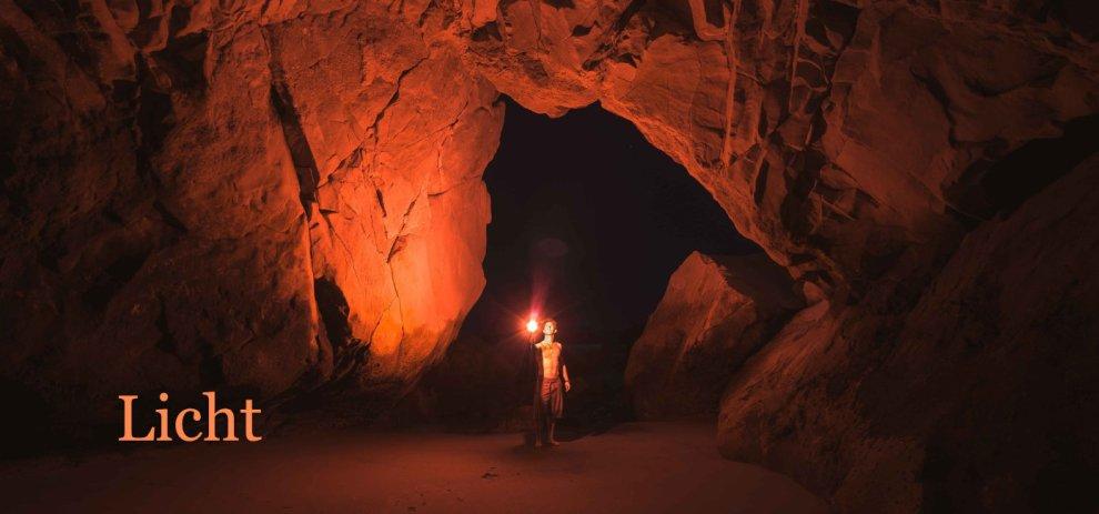 [Worldbuilding] Licht – Sind Fackeln und Kerzen effiziente Lichtquellen?