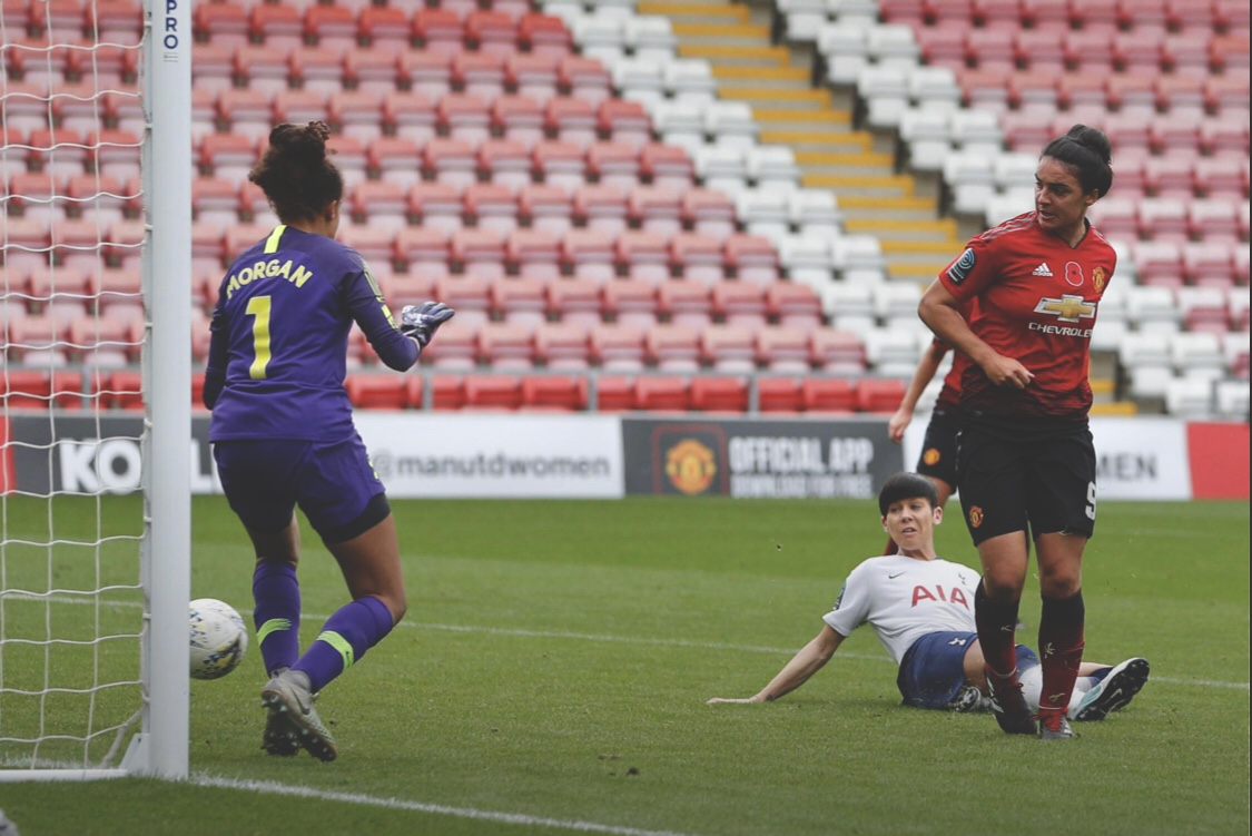Jess Sigsworth slots past Morgan in the Spurs goal. Photo: @ManUtdWomen