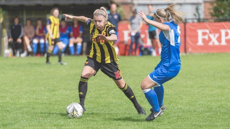 Watford FC Ladies' Danielle Scanlon taking on Cardiff City. Taken by Andrew Waller.